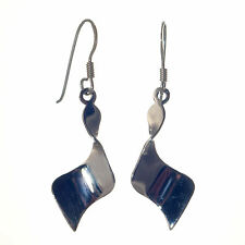 925 Sterling Silver - Contemporary Twisted Dangly Drop Earring (SE0324))