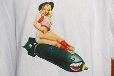 graphic retro art vintage Mens Gildan Cotton T Shirt , S,M,L,XL , Bomb Babe