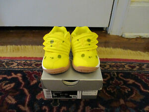 Nike Kyrie 5 Spongebob Squarepants BRIGHT Yellow Sneakers Toddler Sz 5 EUC Box