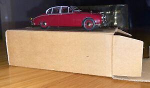 "1:43 Jaguar MkII ""Inspector Morse"" Style"
