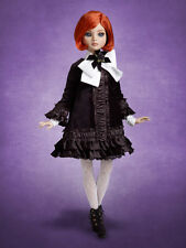 Beautiful Seriously Dressed Ellowyne Wilde doll NRFB Tonner