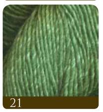 Lanas e hilos color principal verde de seda