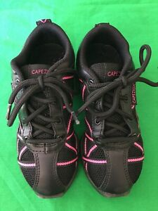 Capezio Split Sole Jazz Trainer (11½ Child) Pre owned.