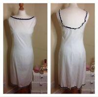 MIU MIU White Pencil Dress With Navy Trim - Size UK 12  44 - RRP: £850