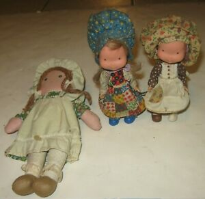 3 1970s HOLLY HOBBIE AND FRIENDS DOLL LOT 1 CLOTH DOLL 2 VINYL RUBBER DOLLS NICE