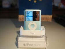 Apple Ipod nano 8gb Apple 3rd Gen (A1236) with extra accessories