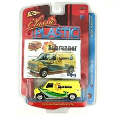 Johnny Lightning Classic Plastic Sunrunner 1977 77 Ford Van Econoline 150 1/64