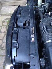 CHRYSLER 300c CRD Hemi Anteriore Slam Pannello Radiatore superiore copre COPPIA NERO 2005-2010