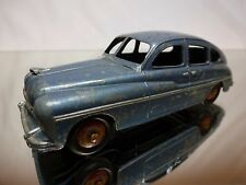 DINKY TOYS 24Q FORD VEDETTE - METALLIC BLUE  1:43 - GOOD CONDITION