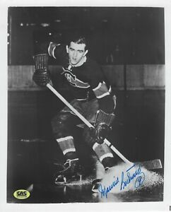 Maurice Richard Autographed Signed 8x10 Photo  Canadiens Hall Of Famer w/CAS COA