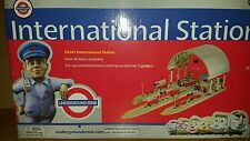 UNDERGROUND ERNIE  UE301 INTERNATIONAL STATION. ***VERY RARE***  BNIB.