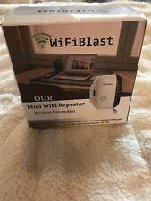 Wifi Repeater Blast Range Mini 2.4G Portable WiFi Signal Range Extender with WPS