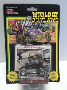 1993 Racing Champions #7 Jeff Swindell 1/64 sprint car Autographed Signed