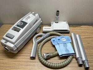 Electrolux Vacuum Epic 6500 SR w/ Power Nozzle Head, Hose, Poles, 3 Bags