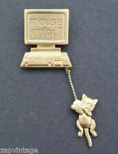 Vintage Signed J.J. Gold Tone Cat / Mouse Error BROOCH Dangling Cat Jewelry