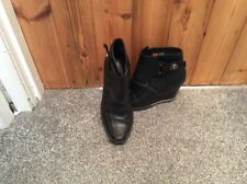 DIESEL LEATHER BLACK WEDGE ANKLE BOOTS SIZE 4 Eur 37