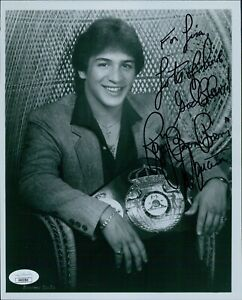 Ray Boom Boom Mancini Boxer Signed 8x10 Glossy Photo JSA Authenticated