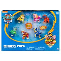 PAW Patrol - Mighty Pups 6-Pack Gift Set, Figures with Light-up Badges and Paws