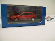 "Ford Focus ""three doors"", red, 1998,  Ford-Dealer (Minichamps) 1:43, OVP"