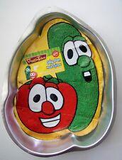 Wilton 2001 Veggie Tales Cake Pan 2105-9904 Larry Cucumber Bob Tomato w Insert