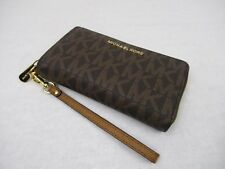 New Michael Kors Brown PVC Large Flat Multifunction Phone Case Wallet Wristlet