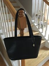 I SANTI ITALIAN LEATHER SHOULDER BAG WITH 2 LARGE COMPARTMENTS ONE ZIP URBAN