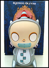 SCAVENGERS SILVER DEXTER BY KATHIE OLIVAS 200 MADE! SOLD OUT RARE Dunny