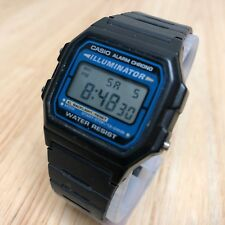 Vintage Casio F-105 Illuminator Men LCD Digital Alarm Chrono Watch Hour~New Batt