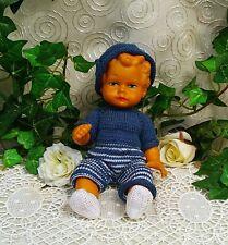 Es vieja muñeca chico traje azul punto 18 cm Doll Boy vintage Knitted