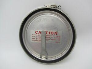 VTG COLEMAN LANTERN ACCESSORY SAFE W WRENCH FOR 220 & 228 1960-137 BASE HOLDER