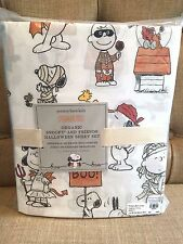 NWT In Plastic POTTERY BARN KIDS Peanuts Snoopy Halloween Sheet Set Twin New