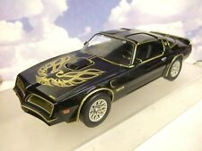 1/18 GREENLIGHT 1977 PONTIAC FIREBIRD TRANS-AM SMOKEY AND THE BANDIT I 1 #19025