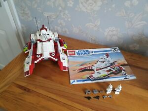 LEGO Star Wars Republic Fighter Tank (7679) with Minifigures & Instructions