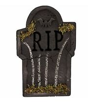 Mossy Bat Tombstone One Size