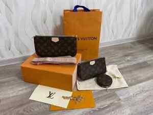 Louis Vuitton Multi Pochette Accessoires Crossbody Bags  M44840- Rose Clair