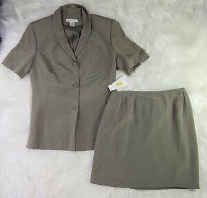Preston & York  Womens Size 8 Two Piece Suit Blazer Skirt  Silk Blend