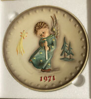 1971 First Edition M.J. Hummel Annual Plate Heavenly Angel Goebel #264