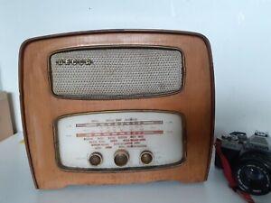 Vintage  DECCA/portable transistor radio. Old art deco style.Spares or Repairs