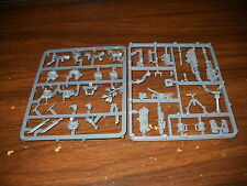 Warhammer 40k: Imperial Guard/Astra Militarum:Catachan Heavy Weapon Team Sprue b