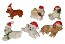 Miniatures en porcelaine _ CHIEN BONNET ROUGE NOËL 4 à 5cm _ Série complète 6pcs