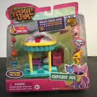 Animal Jam Cupcake Hut w/ Bonus Online Code - Brand New Sealed Package VERY RARE