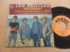 """DISQUE 45T DE THE BEATLES  """" YESTERDAY """" SOE 3772"""