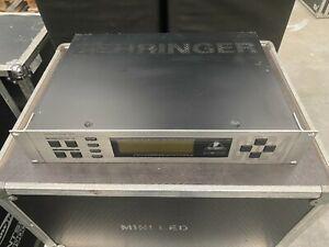 BEHRINGER DSP 8024