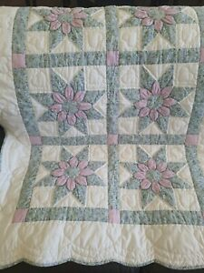 """VINTAGE HAND MADE CHILD'S QUILTED BLANKET 40"""" x 55"""" purple blue flowers 3D heart"""