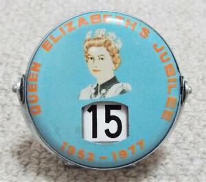 1977 Queen Elizabeth II Silver Jubilee Perpetual Flip Over Date Calendar