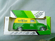 John Deere 1950 Panel Delivery Truck - Die Cast with box