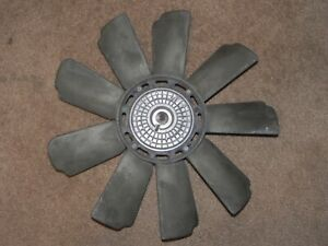 86-89 Mercedes-Benz 560SL R107 Engine Cooling Fan Radiator Fan and Clutch