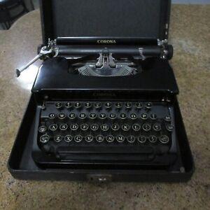 Vintage 1930's Smith Corona Standard Typewriter Portable Flattop with Case