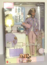 Mattel Barbie  C0523 Kinderärztin - Babydoktor - happy family - CV 250E