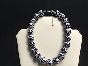 Damen Grob schwarzweiß drucken Halsband Perlen Halskette